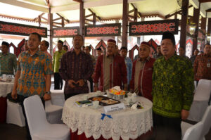 Kakanwil Kemenag Kalteng bersama pengurus LPTQ Kalteng menghadiri Launching Seleksi Tilawatil Quran Nasional XXV Tahun 2019 di Pendopo Gubernur Kalimantan Barat