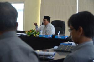 Ketua Harian LPTQ Kalteng, H. Khairil Anwar saat memberikan orientasi pengurus LPTQ Kalteng