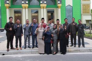 Pengurus-LPTQ-Kalteng-saat-menyambut-kedatangan-anggota-DPRD-Kabupaten-Barsel